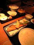 玉子ぶっかけご飯定食と焼き魚定食